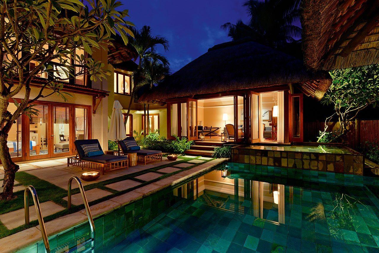 Mauritius golf accommodation 5 star villas golf resort for 5 star villas