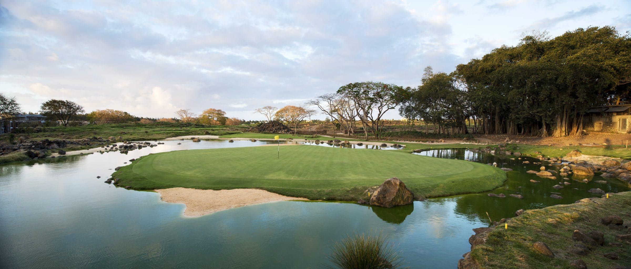 mont-choisy le golf-15th-c